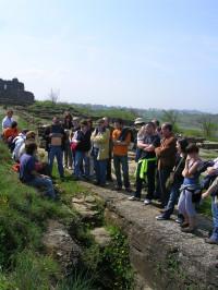 Visita comentada al Jaciment Arqueològic de l'Esquerda de  1r diumenge de mes